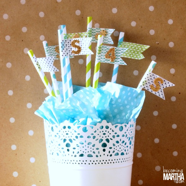 These five minute flag straws will add maximum impact in minimum time!