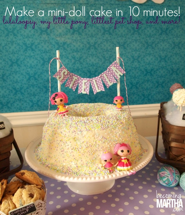 The easiest way to decorate a cake!