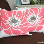 How to Easily Paint Pillows with fabric paint and a stencil!