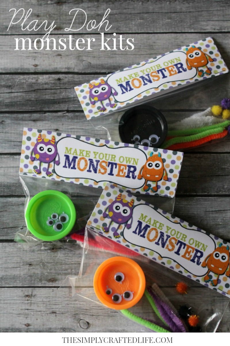HALLOWEEN PLAY DOH MAKE YOUR OWN MONSTER KITS