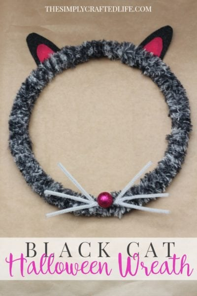 How to Make a Halloween Wreath – Black Cat Edition